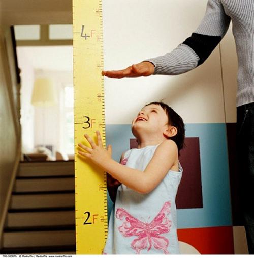 Những chất mẹ cần bổ sung để con tăng chiều cao tối đa