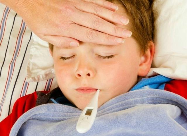 Nên và không nên ăn gì khi bị sốt